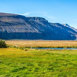 Aðaldalur 8 hotels