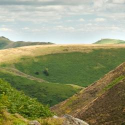 Church Stretton 4 hotels with a jacuzzi