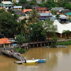 Limbang 4 間飯店