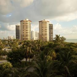 Riviera Beach 9 hotels