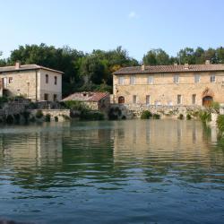 Bagno Vignoni 7 pet-friendly hotels