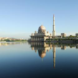 Putrajaya 17 luxury hotels