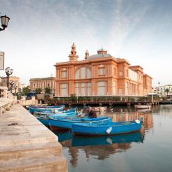 Bari 3 hostels