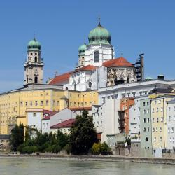 Passau 3 hotels with pools
