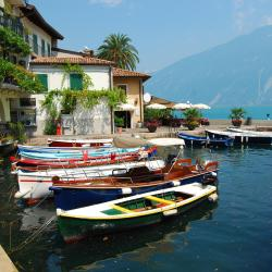 Limone sul Garda 18 hotels with a jacuzzi