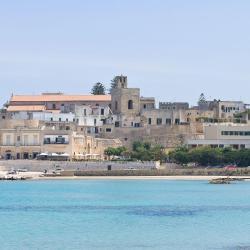 Otranto 565 hotels