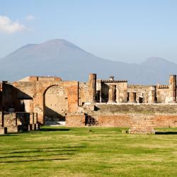 Pompeia 304 hotels
