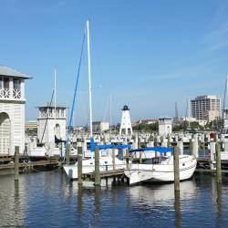 Gulfport 128 hotels