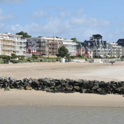 La Baule 247 hotels