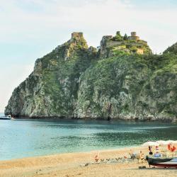 Santa Margherita-Sant'Alessio Siculo 7 отелей