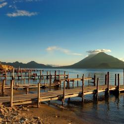 Santiago Atitlán 5 holiday rentals