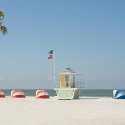 Clearwater Beach 180 hotels with a jacuzzi