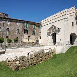 Valmontone 30 hotels