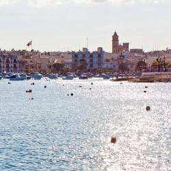 Birżebbuġa 3 hotels with pools