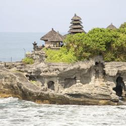 Tanah Lot 52 hotels
