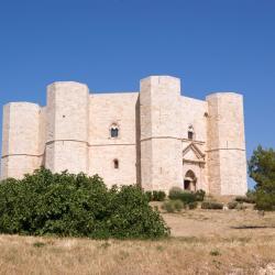 Castel del Monte 15 hôtels