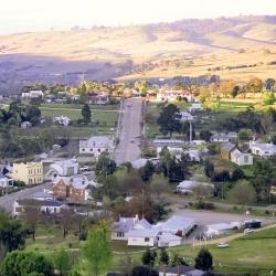 Omeo 5 hotels