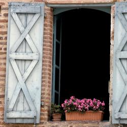 Saint-Nicolas-de-la-Grave 8 hotels