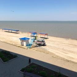 Приморско-Ахтарск 7 пляжных отелей