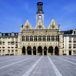 Saint-Quentin 41 hotelů
