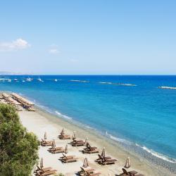 Pyrgos 3 hotels