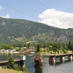 Sicamous 8 hotels