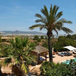 Sant Francesc de s'Estany 9 Hotels