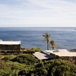 Pantelleria 154 vacation homes