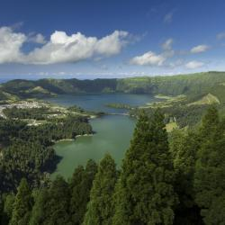 Sete Cidades 3 country houses