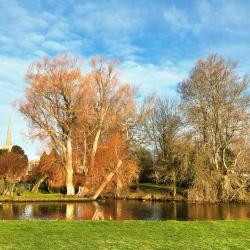 Lechlade 25 hotels