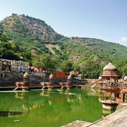 Alwar 5 accessible hotels