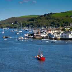 Kingswear 30 hotels