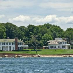 Shelter Island 3 hotels