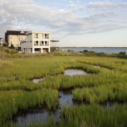 Hampton Bays 8 hotels