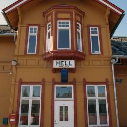 Hell 2 hoteller