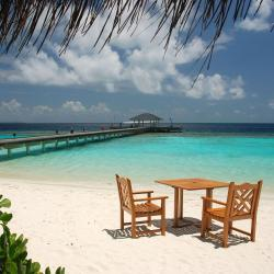Baa-atoll 11 resorts