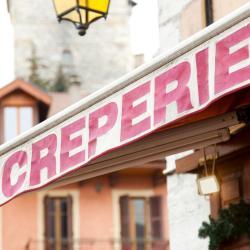 Chartres-de-Bretagne 3 hotels