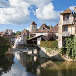 Salies-de-Béarn 120 hotels