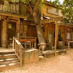 Dodge City 17 hotels