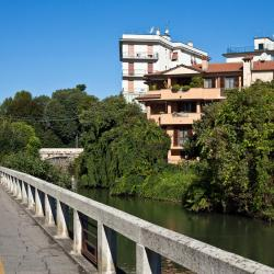 Cologno Monzese 16 hotels