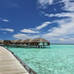Dhiffushi 3 resorts