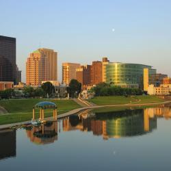 Dayton 35 hotels