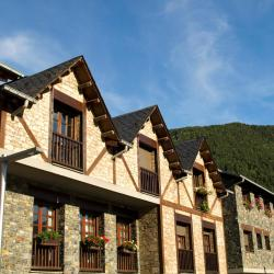 Ordino 3 hotels with pools