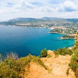 Saint-Cyr-sur-Mer 138 hotels
