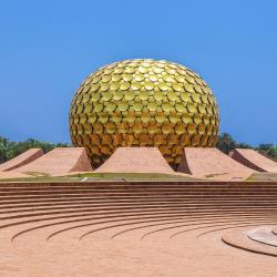 Auroville 162 hotellia