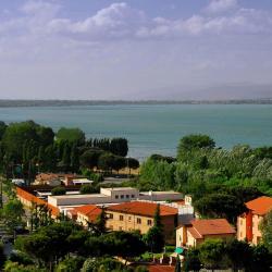 Castiglione del Lago 118 hotels