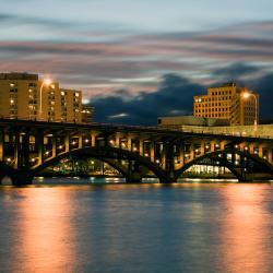 Rockford 25 hotels