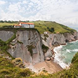Zumaia 6 accessible hotels