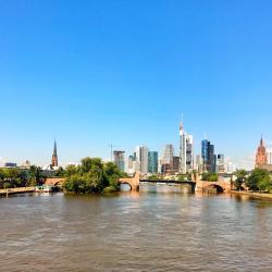 Frankfurt/Main 95 four-star hotels