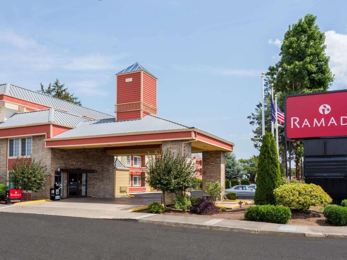 874 Verified Hotel Reviews of Ramada Portland | Booking.com on adobe mobile home, red roof mobile home, renaissance mobile home, fairfield mobile home, suburban mobile home, fairmont mobile home, villager mobile home, hilton mobile home, homestead mobile home, marriott mobile home,